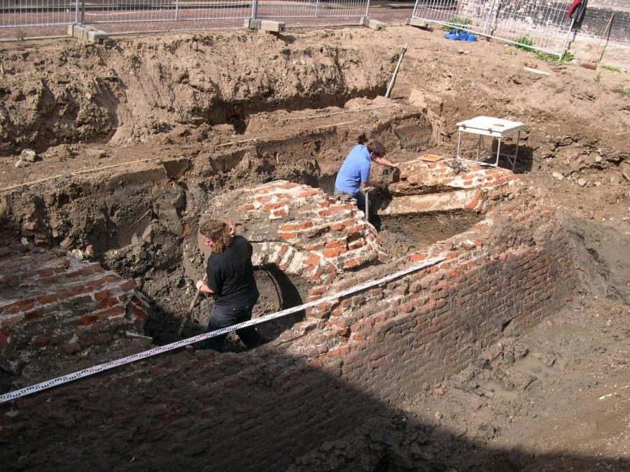 Uitgraven stadsmuur