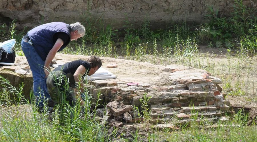 Bouwhistorisch onderzoek funderingen Buiten de Waterpoort Gorinchem