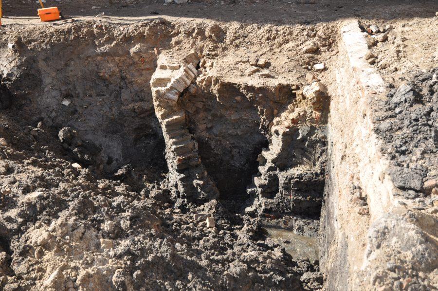 Beerput opgraving Knipsteeg