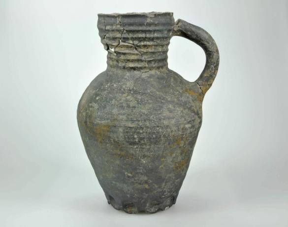 Waterkan gebruikt als muizenval (1350-1425), gevonden tijdens archeologisch nderzoek plangebied Bluebandhuis in Gorinchem